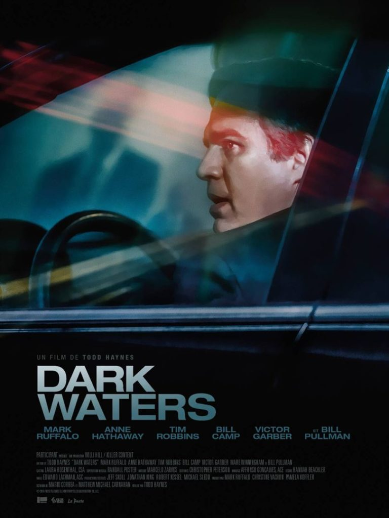 Dark waters affiche